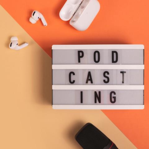 SIEA podporuje inovácie aj prostredníctvom podcastov