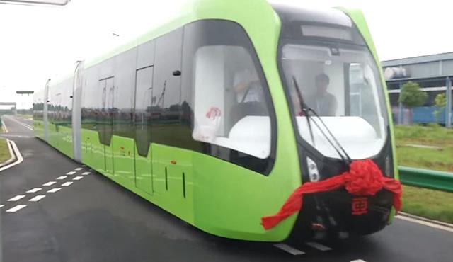 Budúcnosť verejnej dopravy je autonómna: Čína predstavila vlak bez koľajníc   Inovujme.sk