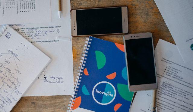 Pripojení 24/7: Závislosť na smartfónoch ohrozuje naše zdravie | Inovujme.sk