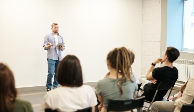SIEA pomáha objavovať mladých inovátorov. Prostredníctvom workshopov pre školy | Inovujme.sk